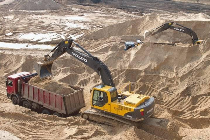 agregate minerale de balastiera